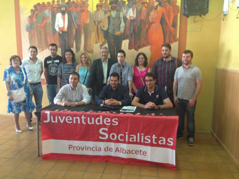 """Nino Torre: """"En Albacete, los estudiantes sufren los recortes por partida doble"""""""