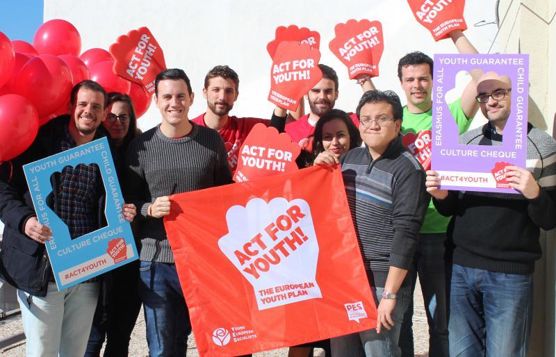 Juventudes Socialistas: «Al PP no le importa la juventud»